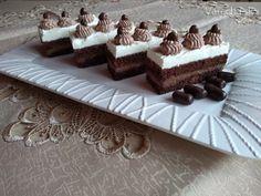 Čokoládové rezy so šľahačkou (fotorecept) - Recept Tiramisu, Fondant, Deserts, Rum, Cooking Recipes, Cake, Ethnic Recipes, Food, Hampers