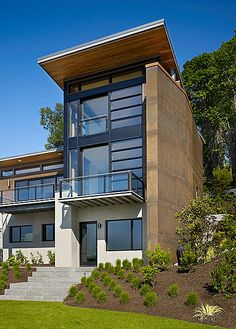 Beckes Residence on Mercer Island, WA by SkB Architects