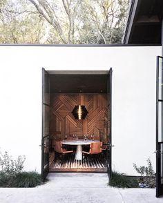 Sinegal Estate wood patterns