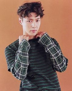 160701 [SCAN] EXO goods 'Lucky One' photo set of YIXING #AdminNJ ____ Cr…