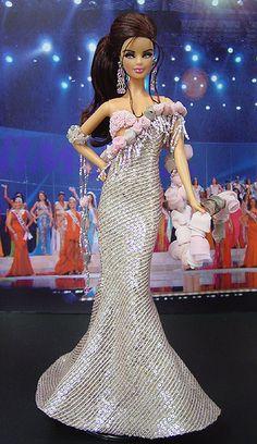 Miss El Salvador Barbie Doll 2006