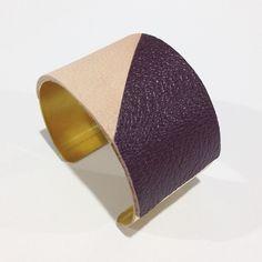 LATI - Cuir prune/rose poudré + laiton doré 37mm