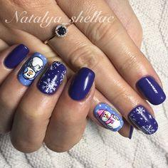 Акцент на безымянном пальце, Веселый маникюр, Двухцветные ногти, Дизайн зимних ногтей, Идеи новогоднего маникюра 2016, Красивый зимний маникюр, Маникюр зима 2016, Маникюр с наклейками