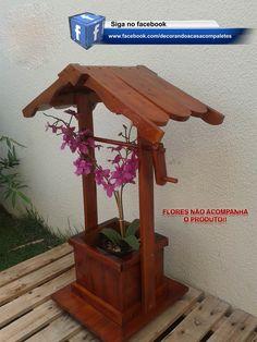 Floreira modelo de poço, feita de Paletes