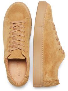 on sale 9e65d 49f7f Designer Clothes, Shoes  Bags for Women