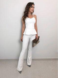Blusa Flat Pamela Pamela, Natural Beauty Tips, Office Attire, Elegant Outfit, Jeans Pants, White Jeans, Ideias Fashion, Beauty Hacks, Womens Fashion