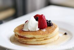 Super Tasty American Protein Pancakes - The Diet Hacks Tasty Pancakes, Protein Pancakes, Shrove Tuesday Pancake Recipe, Brunch, Crepes, Pikelet Recipe, Macaroni Recipes, How To Eat Less, Sweets Recipes