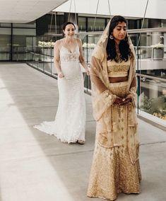 wedding first look photos Wedding First Look, Wedding Looks, Our Wedding, Wedding Bells, Bride Look, Boho Bride, I Got Married, Getting Married, Gold Lehenga