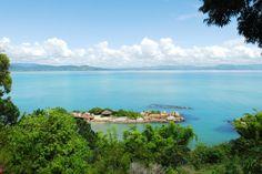 Ilha na frente da nossa praia! Ponta dos Ganchos - Santa Catarina