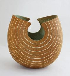 The Stour Gallery - John Ward Ceramic Pots, Glass Ceramic, Ceramic Clay, Ceramic Pottery, Pottery Art, Pottery Ideas, Ikebana, John Ward, Ap Studio Art