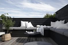 exterior // architecture misc DIY + Outdoor + Sofa + / + Bank How To Take Care Of Your Cuckoo Clock Outdoor Sofa, Outdoor Seating, Outdoor Spaces, Indoor Outdoor, Outdoor Living, Outdoor Decor, Outdoor Landscaping, Outdoor Gardens, Balcony Design