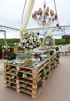 wooden pallet wedding dessert bar / http://www.himisspuff.com/rustic-wood-pallet-wedding-ideas/12/