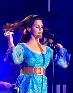 Lana Del Rey in Georgia #LDR #Endless_Summer_Tour [the hair flip]