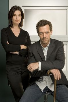 Sela Ward and Hugh Laurie Sela Ward, Best Tv Shows, Movies And Tv Shows, House Season 2, House And Wilson, Doctor House, Dr H, Serie Doctor, Everybody Lies