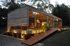 Check out this great place to stay in Mar del Plata Container Home Designs, Container House Plans, Container Homes, Modern Tiny House, Modern House Design, Modern Cottage, Contemporary Design, Casas Containers, Weekend House