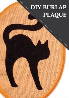 Try this easy Halloween DIY home decor project this fall - Felt Cat on a Burlap Covered Wood Plaque