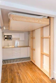 52 Popular Space Saving Ideas For Tiny Apartment To Try. If you are living in small apartment or a villa Space Saving Beds, Space Saving Furniture, Tiny Spaces, Small Apartments, Cama Murphy, Ceiling Bed, Hidden Bed, Murphy Bed Plans, Decorate Your Room