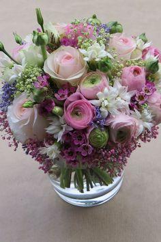 Designer Choice at Oceana Florists. Your local flower shop. Beautiful Flower Arrangements, My Flower, Fresh Flowers, Silk Flowers, Flower Art, Floral Arrangements, Beautiful Flowers, Deco Floral, Arte Floral