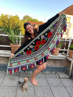 Crochet Shawl, Knit Crochet, Crochet Earrings Pattern, Shawls, Ibiza, Textiles, Boho, Knitting, Shawl