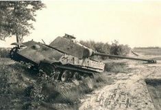 Panther, Army Day, Ww2 Tanks, Battle Tank, Time Photo, War Machine, Old Pictures, Warfare, Military Vehicles