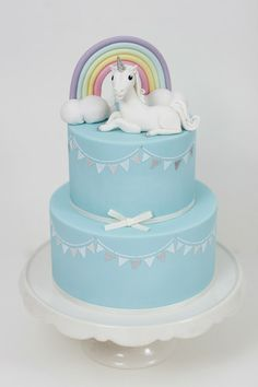 Tartas de cumpleaños - Birthday Cake, Unicorn, rainbow and bunting cake - Sharon Wee Creations