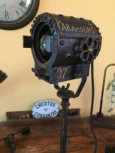 antigua lampara estilo industrial de escritorio. manes marzano collection - vintage searchlight