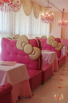 Hello Kitty Restaurant in Bejing @brooke_3461 we should go to this one day ;)