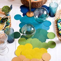 Confetti Party Decorations: Confetti Table Runner #PreppyPlanner