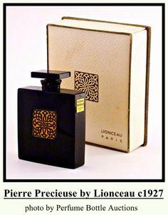1927 Jollivet - Lionceau Pierre Precieuse Bottle - May 2012 Antique Perfume Bottles, Vintage Bottles, Vintage Perfume, Vintage Vanity, Burberry Perfume, Black Perfume, Perfume Recipes, Essential Oil Perfume, Beautiful Perfume