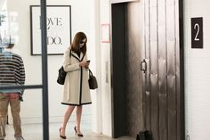 "Meet The Costume Designer Behind Anne Hathaway's Polished, Chic Look In ""The Intern"""