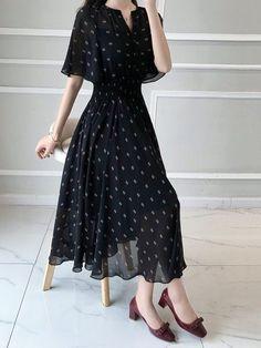 d6309280400 Cape Sleeve Chiffon Elegant A-line Half Sleeve Paneled Midi Dress