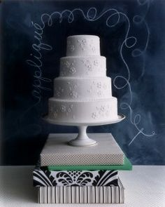 Fabric-Inspired Wedding Cakes| Martha Stewart Weddings