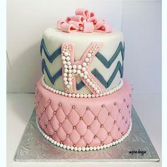 Pretty in Pink 💕 #cake #tiercakes #cakes #instacakes #pink #blush #weddings #events #corporate #birthday #bridalshower #babyshower #anniversary #graduation #socialevents #etsysellersofinstagram #etsy #etsyshop #etsyseller #instacake #toronto #cakeblog #mpiredesigns