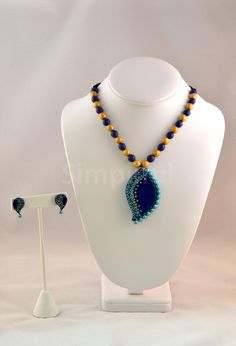 Terracotta Marquise Twist Necklace and Earring Set