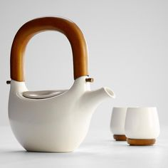 Ceramic teapot with wooden handle