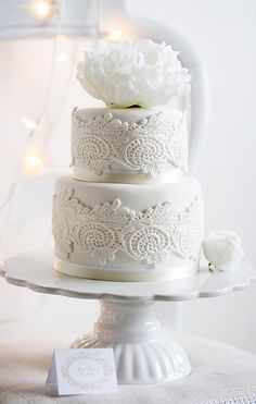 Lace Peony Mini Wedding Cake
