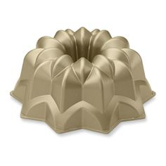 Nordic Ware Vintage Bundt® Cake Pan | Williams-Sonoma