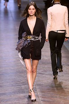 Chloé | Fall 2002 Ready-to-Wear Collection | Style.com model Anouck Lepere
