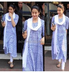 Young talented Bollywood Star in Simple Kurti Designs, Kurta Designs Women, Pakistani Dress Design, Pakistani Dresses, Indian Attire, Indian Outfits, Indian Wear, Casual Indian Fashion, Bollywood Dress