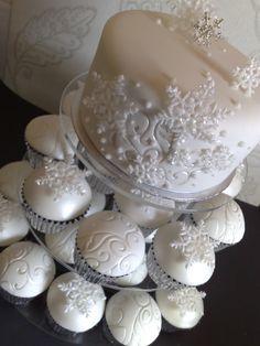 wedding cupcakes | the Winter Wedding Cupcake series...Part 1