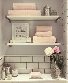 Small Bathroom Furniture, Bathroom Interior, Home Decor Signs, Cheap Home Decor, Bathroom Organisation, Bathroom Inspiration, Bathroom Ideas, Beautiful Bathrooms, Home Remodeling