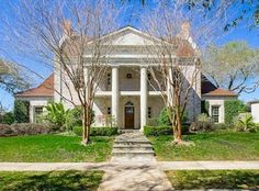 View 42 photos of this $773,000, 3 bed, 4.0 bath, 4360 sqft single family home located at 5330 Marcia Ave, New Orleans, LA 70124. MLS # 2053635.