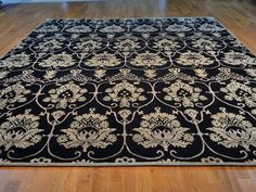 Beautiful Extra Large Wool Area Rug