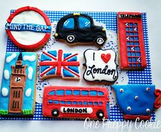 Uploaded by Brit Heart. Find images and videos about london, sweets and Cookies on We Heart It - the app to get lost in what you love. Galletas Cookies, Sugar Cookies, British Cookies, British Party, British Things, British Gifts, London Party, Cookie Designs, Cookie Ideas
