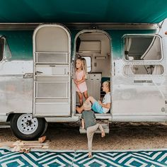 Camping is good for the soul. Even if it's more glamp than camp 🙋🏼♀️🤗 via Pelo Demi Lovato, Creative Pictures, Children Images, Glamping, Recreational Vehicles, San Diego, Good Things, Photos, Kids