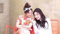 Red Velvet- Seulgi and Irene Red Velvet Seulgi, Red Velvet Irene, Red Pictures, Kang Seulgi, Kim Yerim, Girl Day, Kpop Girls, Got Married, Asian Beauty
