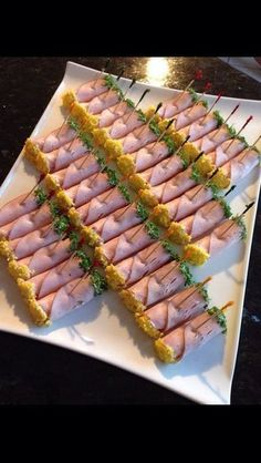 Party Finger Foods Party Snacks Appetizers For Party Appetizer Recipes Party Food Platters Plats Froids Food Garnishes Reception Food Tea Sandwiches Wedding Appetizers, Finger Food Appetizers, Finger Foods, Appetizer Recipes, Appetizer Buffet, Appetizers Table, Snack Recipes, Party Food Trays, Food Platters