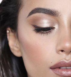 Make-up ❤ a touch of perfection! Everyday make-up 💕 city life 💕 Stunning Makeup, Flawless Makeup, Glam Makeup, Makeup Inspo, Bridal Makeup, Makeup Inspiration, Makeup Tips, Beauty Makeup, Hair Makeup