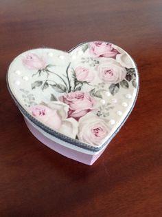 Vintage κουτι καρδιά