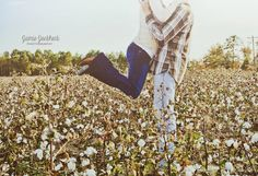 © Jamie Jockheck Photography | www.facebook.com/jamiejockheckphotography, fall couple photo, cotton field photo